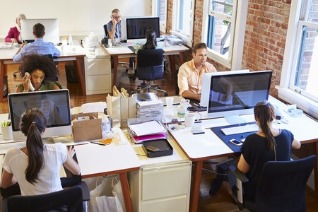 example of open office without cubicles for employees